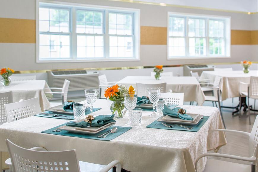 Dining room at Emerge Rehab
